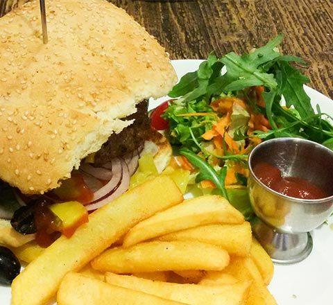 ev-yapimi-hamburger-menusu-9449088.Jpeg