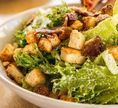 tavuklu-sezar-salata-10406761.Jpeg