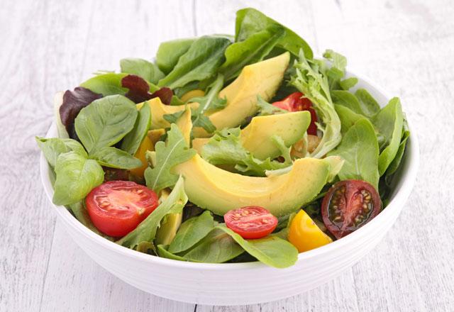 zayiflamaya-yardimci-avokado-salatasi-7428334.Jpeg